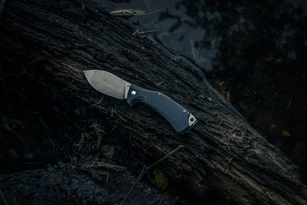 best knife for camping and hiking