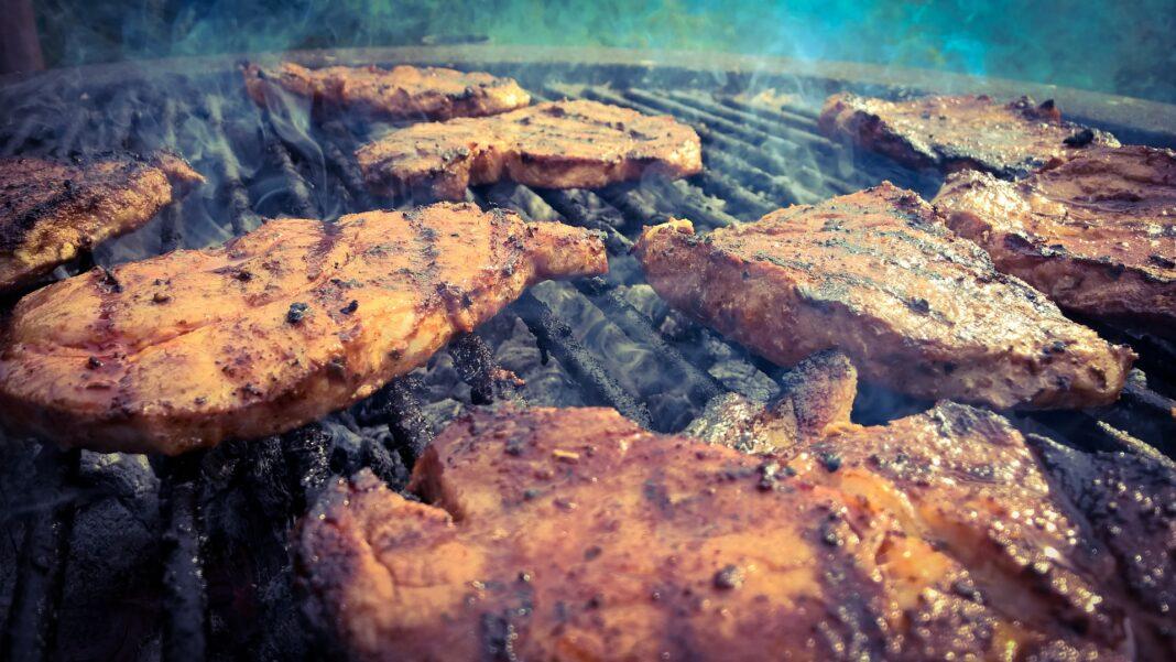 How Long to Smoke Pork Shoulder at 275
